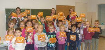 Alle Erstklässler erhalten Brotdosen vom Aachener Stadtbetrieb