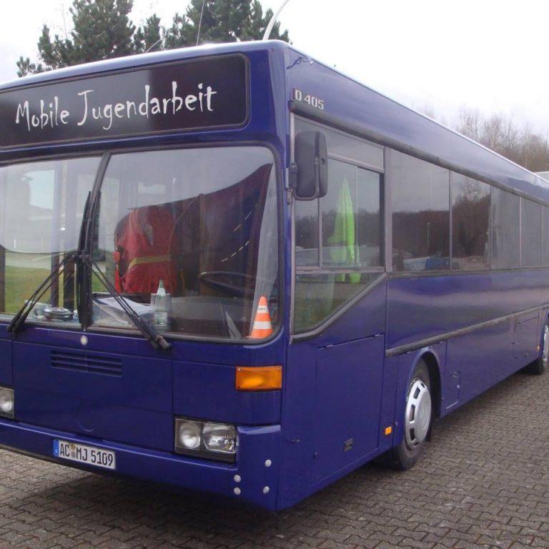 Jugendbus