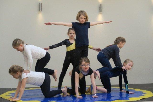 Zirkus Zirkusgruppe Euro Jugend