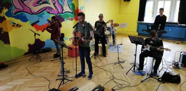 Songwritingprojekt im Alten Rathaus in den Herbstferien