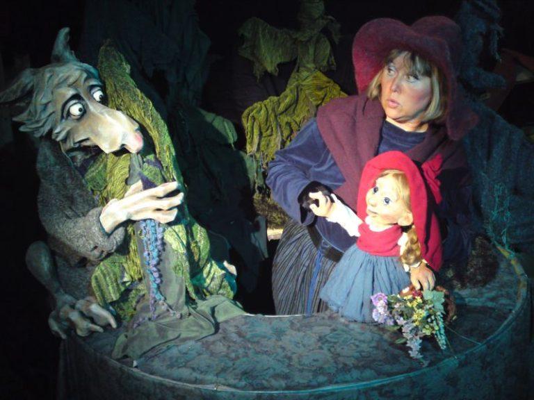 Rotkäppchen Figurentheater Tatjana Khodorenko